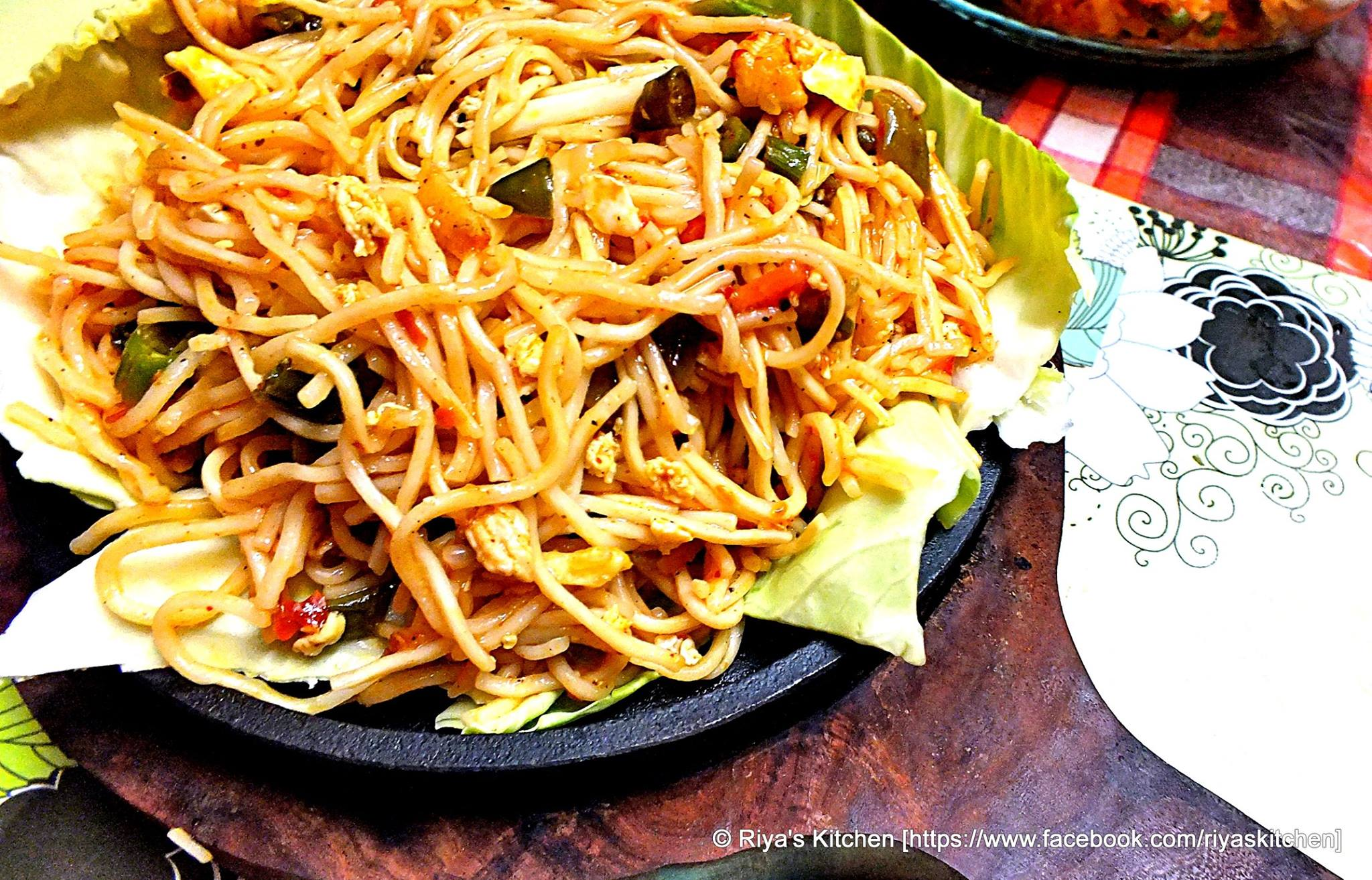Sizzling Sezwan Egg Chicken Noodles